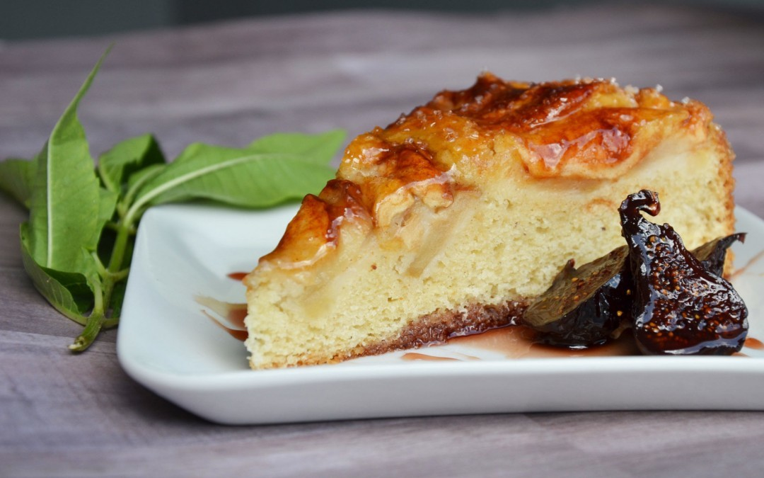 Apple Kuchen with Hot Cream Sauce