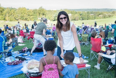 Thousands Attend Rosh Hashanah Under The Stars