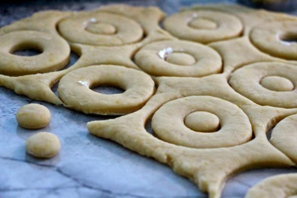Yoo-Yoo cookie doughnuts