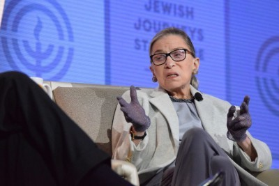 Ruth Bader Ginsburg Wins Genesis Foundation's 1st Lifetime Achievement Award