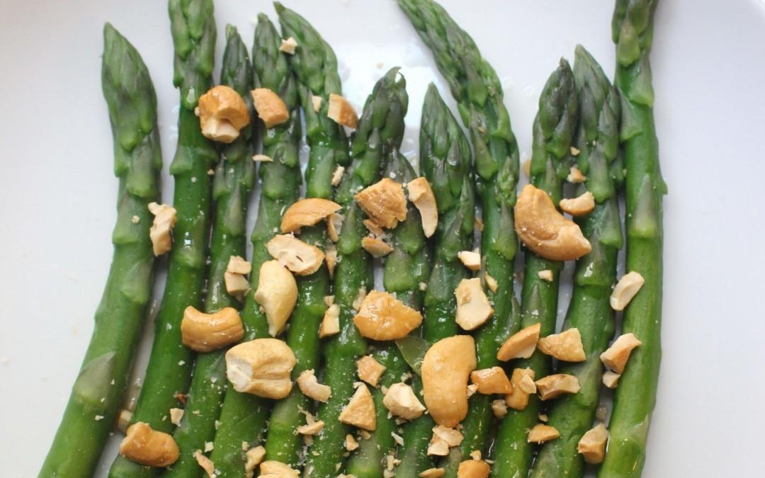Toasted Cashew Asparagus