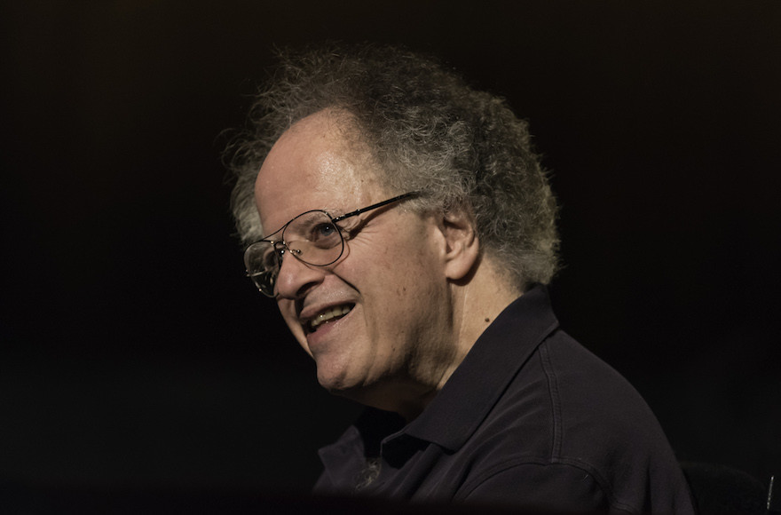 Met Opera Severs Ties with James Levine After Sexual Misconduct Investigation