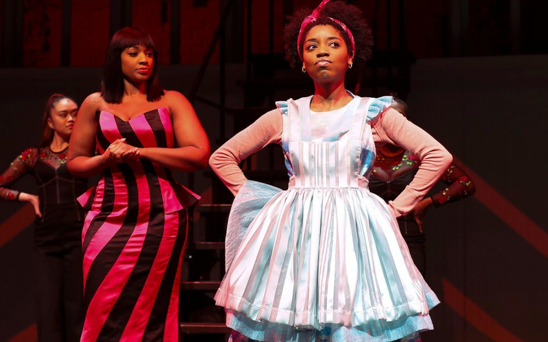 'Lookingglass Alice' at Center Stage Updates Lewis Carroll's Classic