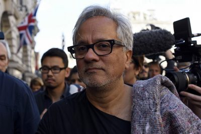 Anish Kapoor, Genesis Prize Foundation Award Grants to 5 Groups Assisting Refugees