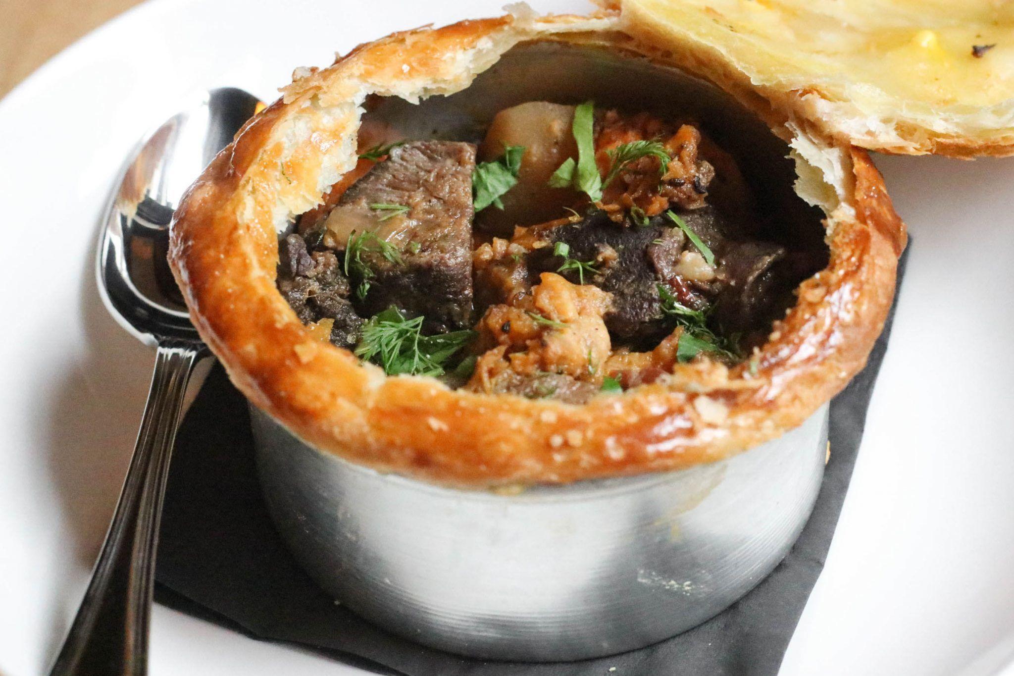 Cholent Pot Pie