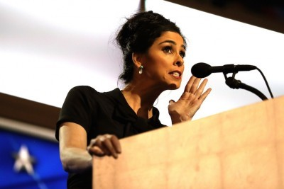 Sarah Silverman Wades Into Israel-Palestinian Conflict, and Tiptoes Back Out