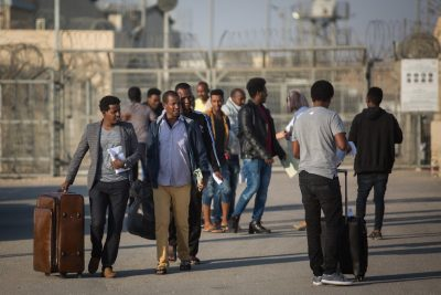 Israel Suspends Plans to Deport African Asylum Seekers