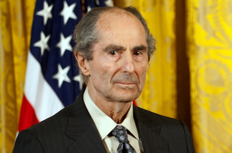 Philip Roth, Peerless Chronicler of American Jewish Life, is Dead at 85