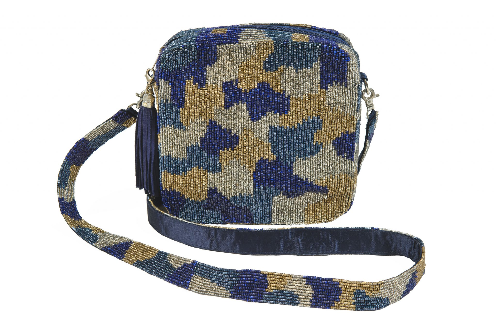 Moyna beaded purse