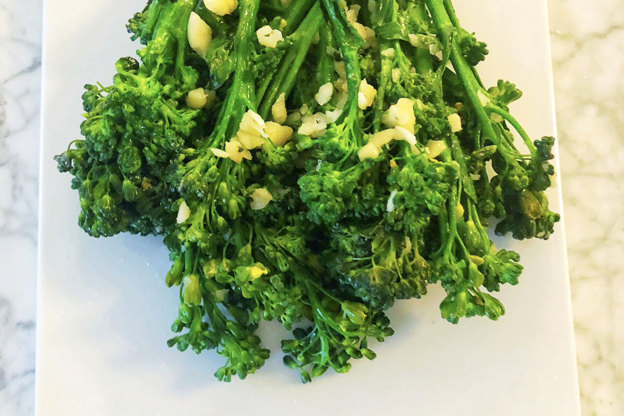 10 Garlic Broccoli Rabe