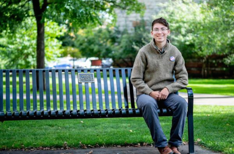 This College Student Created a Way for Nonbinary People to Speak Hebrew