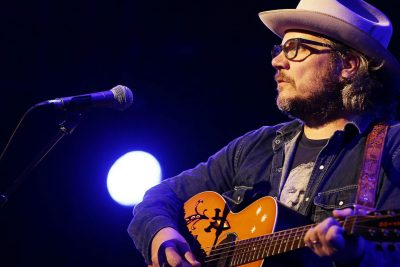 Wilco Singer Jeff Tweedy Tells the Story of his Conversion to Judaism