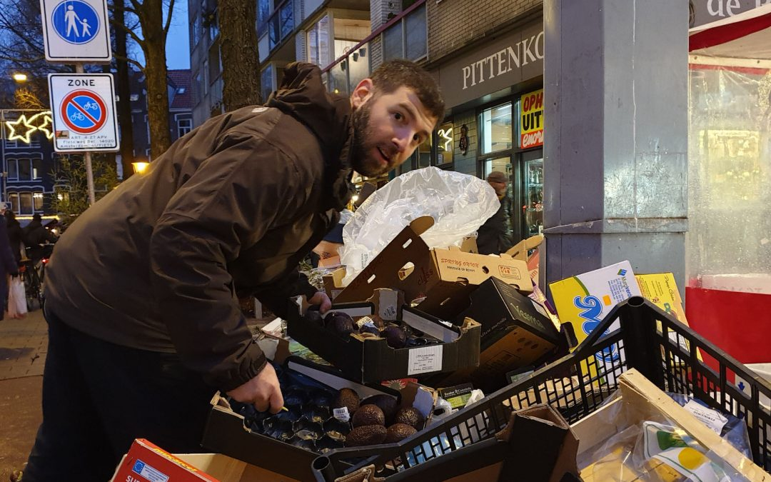 How Going to Synagogue Regularly Turned Me Into a Dumpster Diver