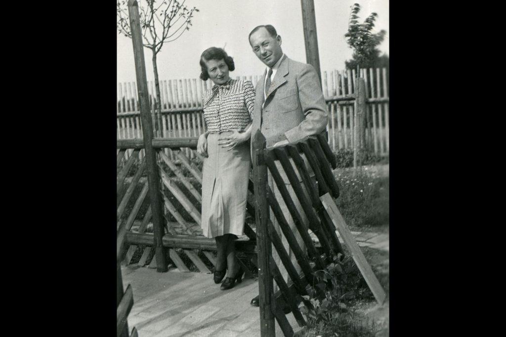 Hedy Strnad and her husband Paul Strnad (Photo courtesy of Jewish Museum Milwaukee)