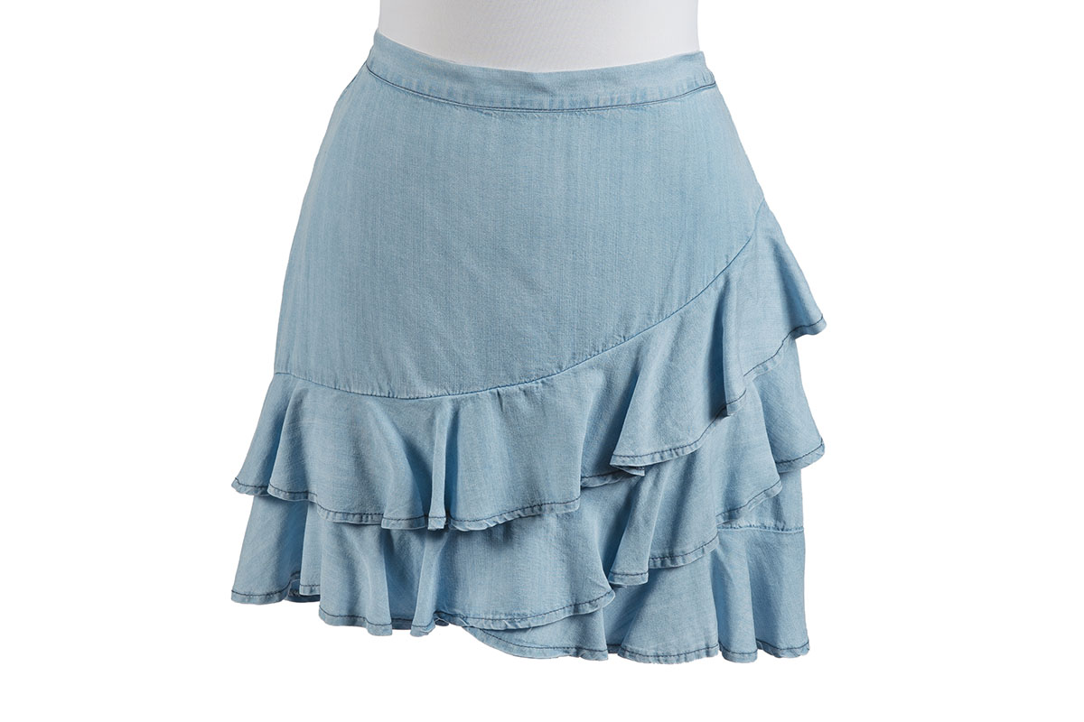 BB Dakota Ruffle Around Skirt