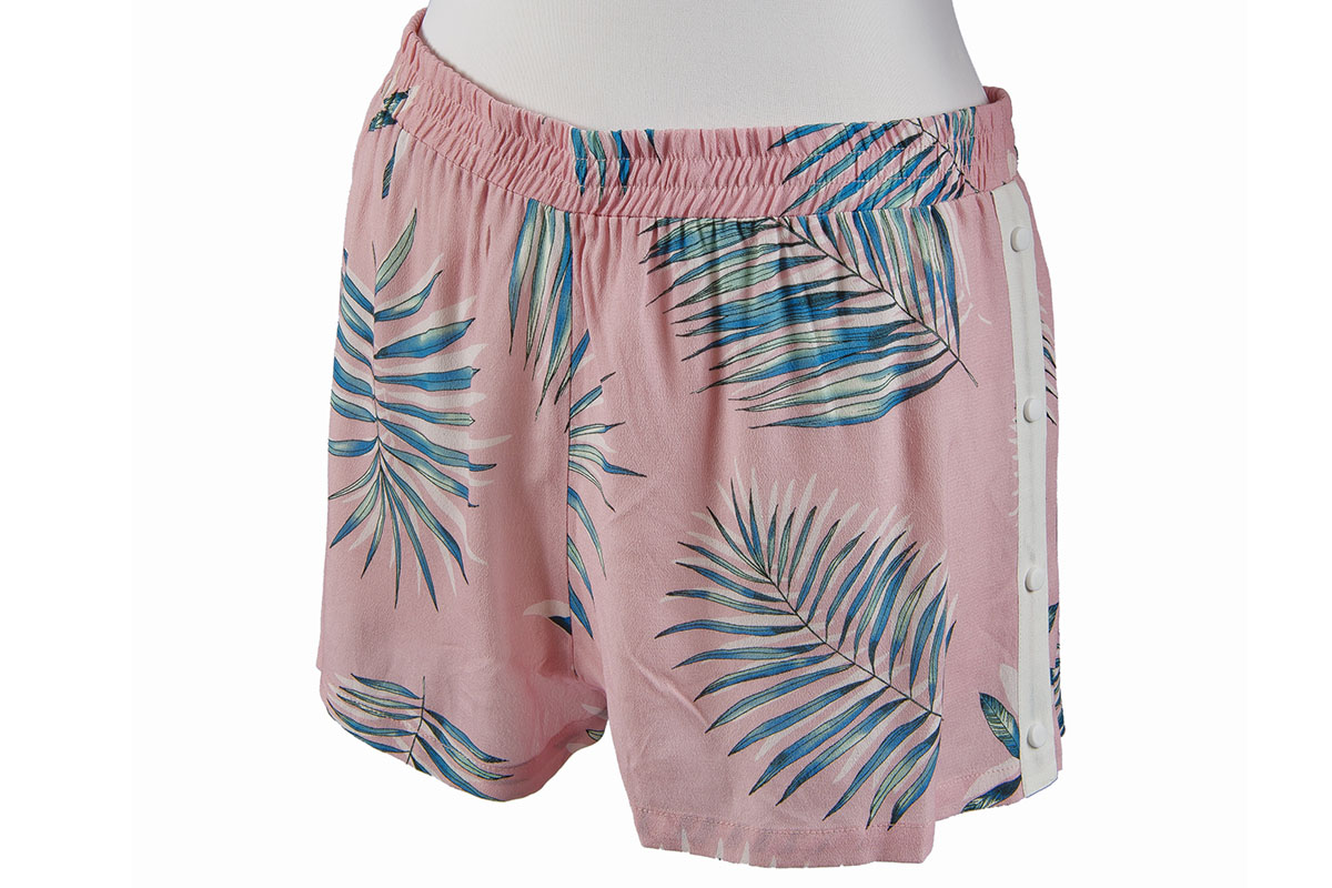BB Dakota Keep Palm shorts