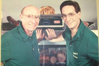 Restaurateur Leonard Smith, of Lenny's Deli, Dies at Age 88