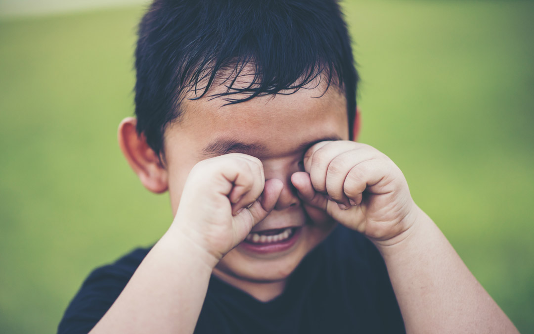 Four Tips for How Parents Can Deal with Kids' Tantrums