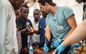 Dr. William Cherniak teaches Point of Care Ultrasound in Uganda. (Photo by Esther Mbabazi)