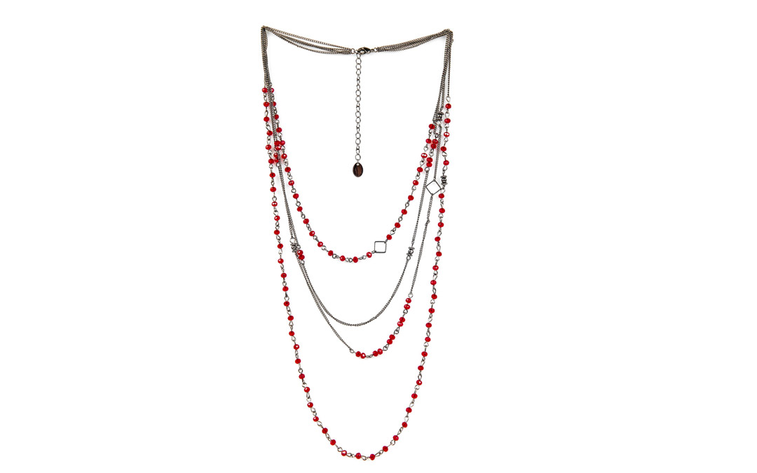 This necklace is the perfect accessory for any holiday outfit. $14.99 at Claires